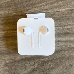 iPhone XS Headphones
